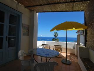 Zenzero flat in Canneto Lipari - Lipari vacation rentals