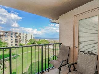 Island Club 4402, 2 Bedrooms, Ocean View, Large Pool, Sleeps 8 - Hilton Head vacation rentals