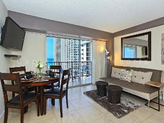 Ocean View Lanai and a Easy 5 min. walk to beach!  Sleeps 4. - Waikiki vacation rentals