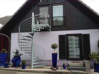 Nice House with Internet Access and Long Term Rentals Allowed (over 1 Month) - Gruibingen vacation rentals