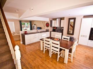 Modern, spacious holiday home near Cashel - Cashel vacation rentals