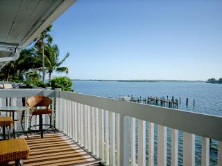 The Anna Maria Island Beach Palms 5B - Bradenton Beach vacation rentals