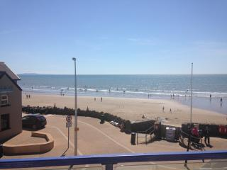 Oxwich, Flat 6, The Waterfront - Pendine vacation rentals