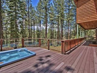 Creekside Home in the Pines in South Lake Tahoe – Private Hot Tub - South Lake Tahoe vacation rentals