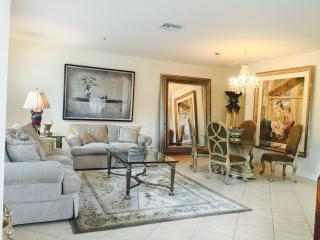 Beautiful, spacious, gated, prestigious near beach - Boca Raton vacation rentals