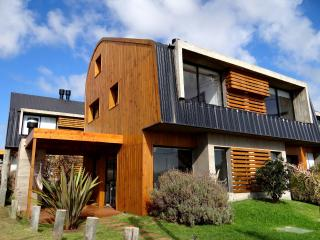 Pueblo Rivero - Modern Bungalow (2p) - Punta del Diablo vacation rentals