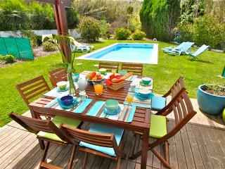 SPLENDID STELLA - Colares vacation rentals