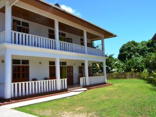 3 bedroom Condo with Internet Access in Beau Vallon - Beau Vallon vacation rentals