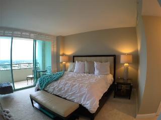 Romantic 1 bedroom Miami Apartment with Internet Access - Miami vacation rentals
