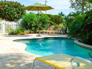 A Turtle Place - Pool Beach House on the island - Holmes Beach vacation rentals