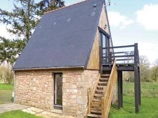 Nice House with Short Breaks Allowed and Long Term Rentals Allowed - Saint Manvieu Bocage vacation rentals