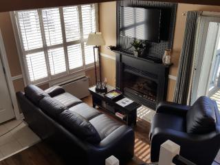 Chalet in Blue Mountain! Mountain Springs Resort - Collingwood vacation rentals