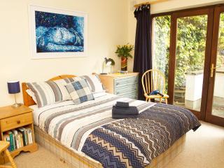 Dublin City Centre – Double Room - Dublin vacation rentals