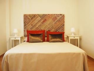 La casa de Enka con piscina y playa a 50m, parking WIFI y AC. MalagadeVacaciones - Malaga vacation rentals