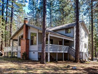 (1) Cabin Among the Firs - Wawona vacation rentals
