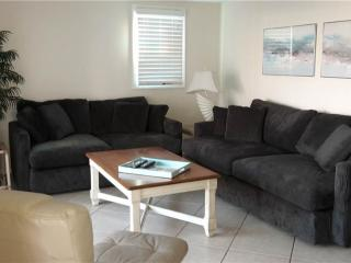 Immaculately kept villa on the Gulf's sandy beaches - Villa 2 - Siesta Key vacation rentals