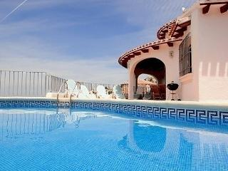 4 bedroom House with Internet Access in Sagra - Sagra vacation rentals