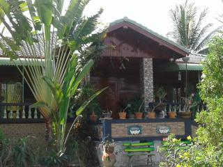 Nice Bed and Breakfast with Internet Access and A/C - Sawaeng Ha vacation rentals