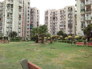Maple Service Apartment with Independent Balconies - Noida vacation rentals