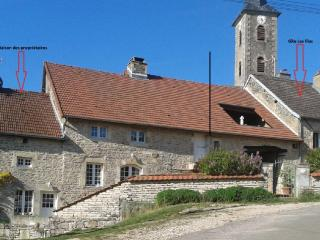2 bedroom Gite with Dishwasher in Saint Seine L'Abbaye - Saint Seine L'Abbaye vacation rentals