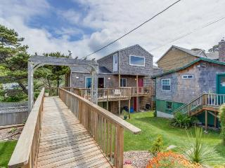Comfy, dog-friendly house with ocean views & large deck! - Neskowin vacation rentals