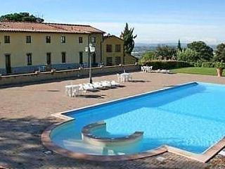 Sunny 1 bedroom Vinci Condo with Internet Access - Vinci vacation rentals