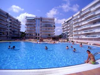 Rentalmar Families Larimar - 4/6 - Salou vacation rentals