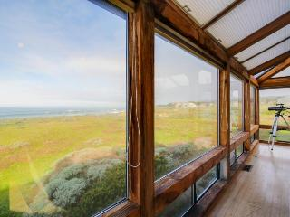 Large oceanfront home w/ hot tub, shared pool, & large deck. Dogs welcome! - Sea Ranch vacation rentals