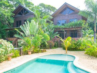That's A Moray in Green Bamboo - West End vacation rentals