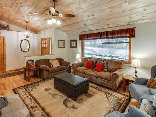 Downtown McCall home w/ covered deck & firepit for s'mores! - McCall vacation rentals