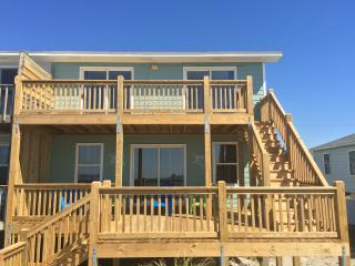 10% discount offered. Ocean Front Cottage with Breathtaking Views - Emerald Isle vacation rentals