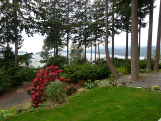 Privateer Holiday Rental, Bowen Island, BC - Bowen Island vacation rentals