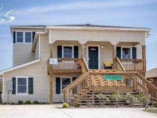 Convenient House with Internet Access and A/C - Nags Head vacation rentals