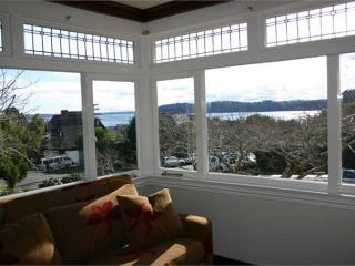 Five bedroom home with pool & movie room - Auckland vacation rentals