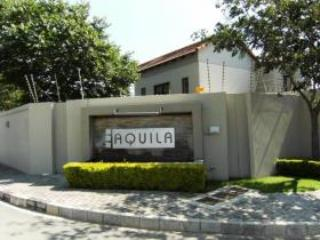 Fully furnished 2 Bed 2,5 Bathroom Apartment - Fourways vacation rentals