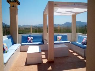 3 bedroom Apartment with Dishwasher in Los Nietos - Los Nietos vacation rentals