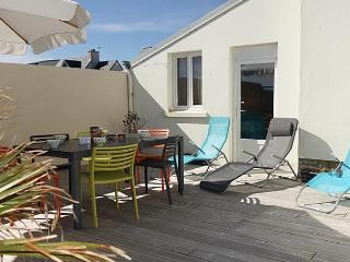 Nice House with Television and Microwave - Ile-Tudy vacation rentals