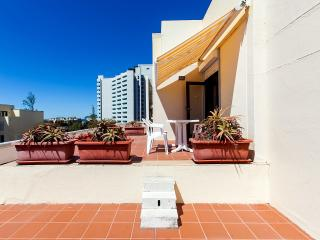2 bedroom Condo with Elevator Access in Carvalhal - Carvalhal vacation rentals