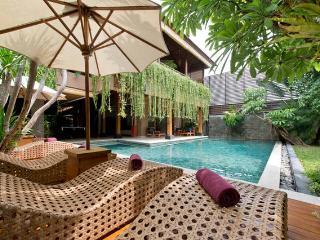 Marvelous 6 Bedrooms Private Villa Seminyak - Seminyak vacation rentals