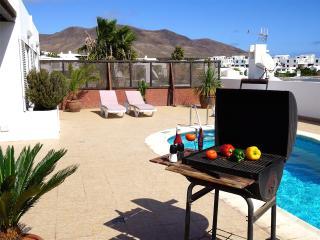 Cozy 2 bedroom Villa in Playa Blanca - Playa Blanca vacation rentals