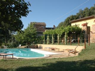 """Appartamento """"La Doppia"""" (4+1) - Montepulciano vacation rentals"""