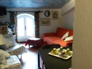 Nice House with Internet Access and Kettle - Conscenti vacation rentals