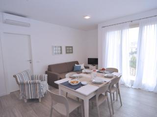 Casa Costanza -Lucia, elegante affacciata sul mare - Capoliveri vacation rentals
