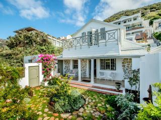 Charming 4 bedroom Kalk Bay House with Internet Access - Kalk Bay vacation rentals