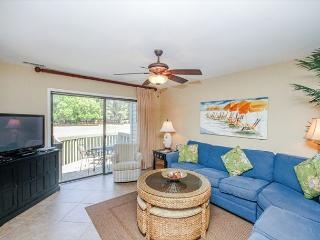 Inland Harbour 2429, 2 Bedrooms, Lagoon & Golf View, Pool, Sleeps 8 - Hilton Head vacation rentals