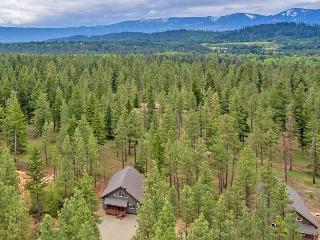 New Cabin in sought after Evergreen Valley! Summer Pool Access! WiFi | Slps 8 - Roslyn vacation rentals