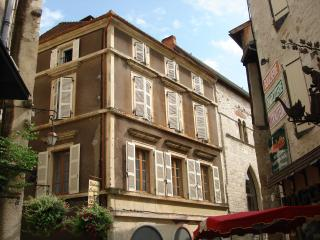 Top Floor apartment in the heart of Souillac - Souillac vacation rentals