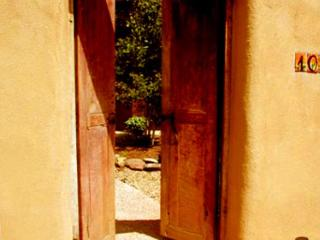 Taos rental luxury upscale DSL internet hot tub walk to plaza enclosed yard - Taos vacation rentals