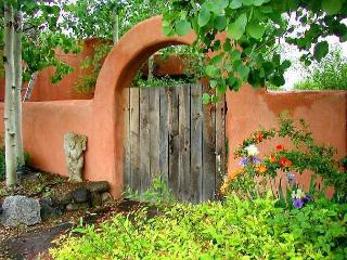 Taos Historic rental home walk to town private high speed internet hot tub - Taos vacation rentals
