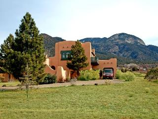 Casa del Lujo Open Floor Plan Great  Mountain Views pool tennis Hot Tub wi-fi - Arroyo Seco vacation rentals